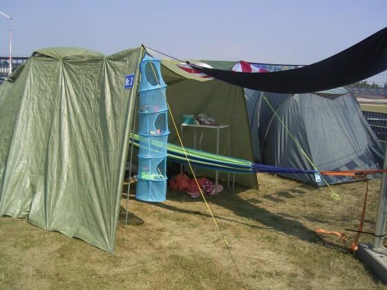 Outback-Camper Heck
